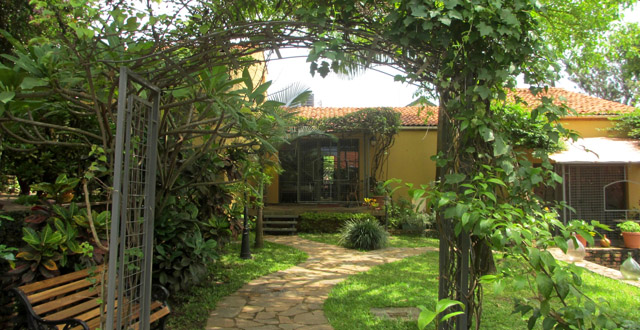 Le Bougainviller Hotel, Kampala
